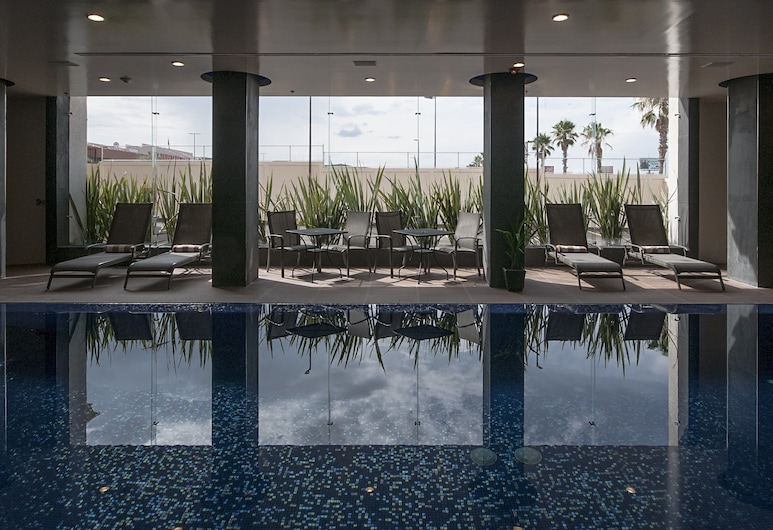 Holiday Inn Express & Suites Chihuahua Juventud, ชีวาวา, สระว่ายน้ำ