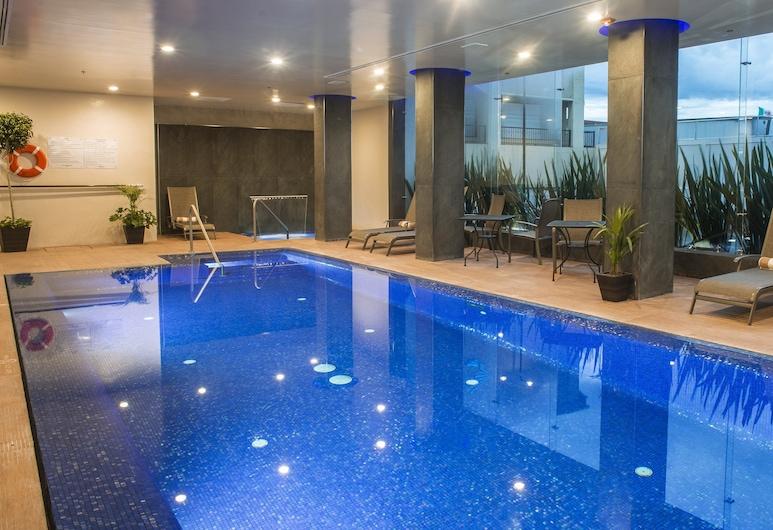 Holiday Inn Express & Suites Chihuahua Juventud, Chihuahua, Pool