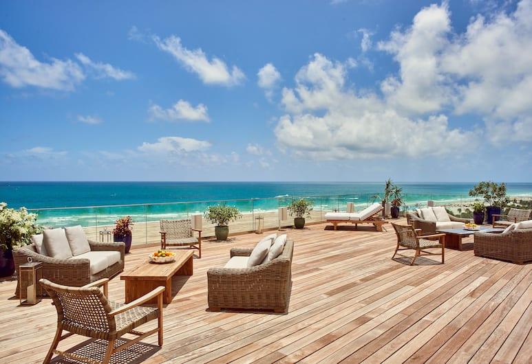 Nautilus by Arlo, Miami Beach, Terrace/Patio