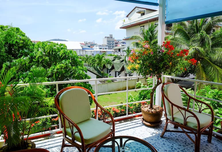 Adonis Guest House, Patong, Terrace/Patio