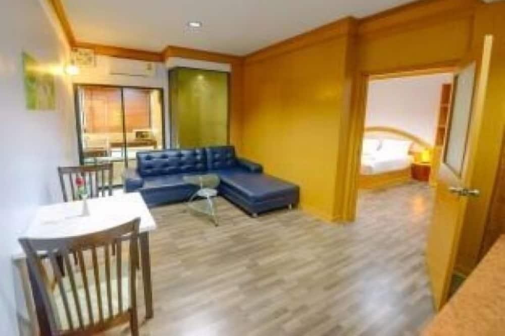 Sviit (Suite with Living Room) - Einetamisala toas