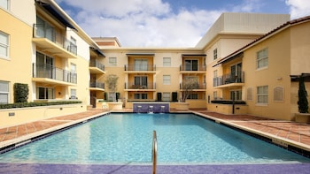 Foto van Pelican Residences in Coral Gables in Coral Gables