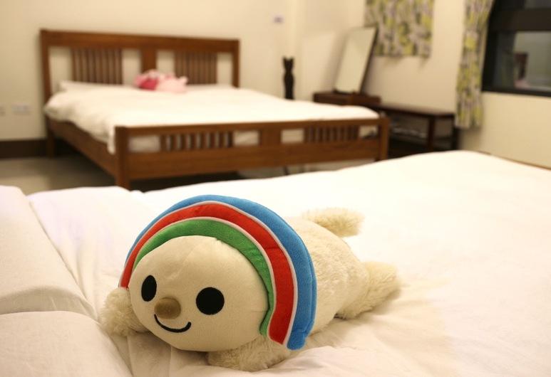 PHD's Guest House II, Hengchun, Quadruple Room, Guest Room