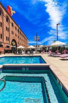 Picture of Hard Rock Hotel & Casino Sioux City in Sioux City