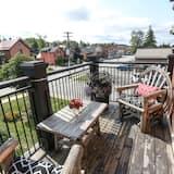 Numurs ar papildu ērtībām, 1 divguļamā karaļa gulta (Shared Bathroom) - Skats no balkona