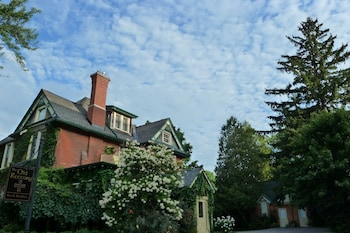 Picture of The Old Rectory Bed & Breakfast in Stratford