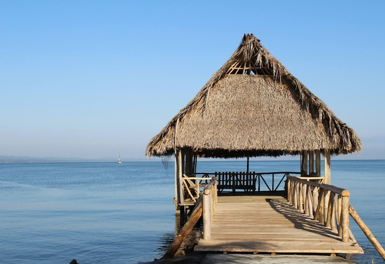 Amatique Bay Hotel, Puerto Barrios, Beach