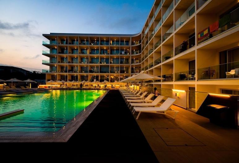Eleana Hotel, איה נאפה, בריכה