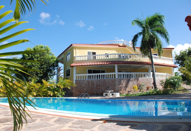 Four Bedroom Villa with Private Pool, Ocean View, Sosua