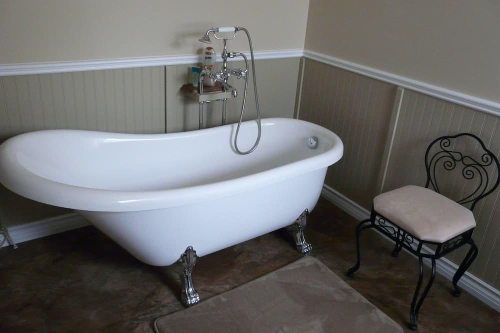 Deluxe soba, 1 king size krevet, pogled na jezero (The Victorian Room) - Duboka kada