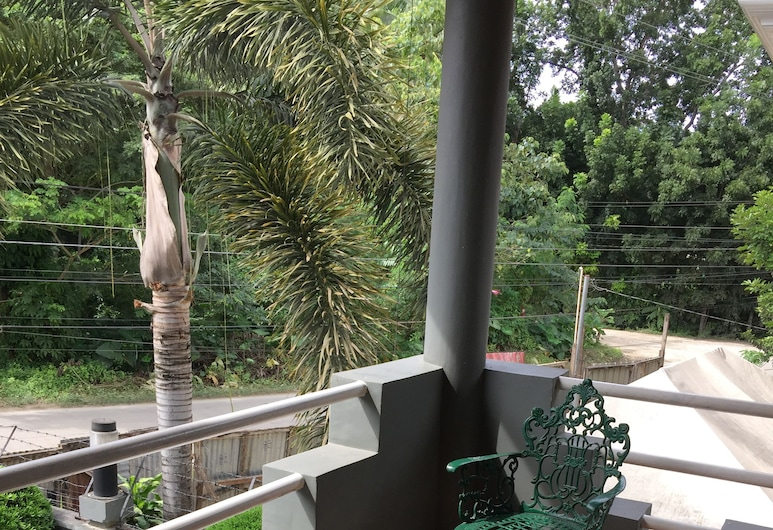 The Gabriella Bed and Breakfast, Tagbilaran, Deluxe Room, Terrace/Patio