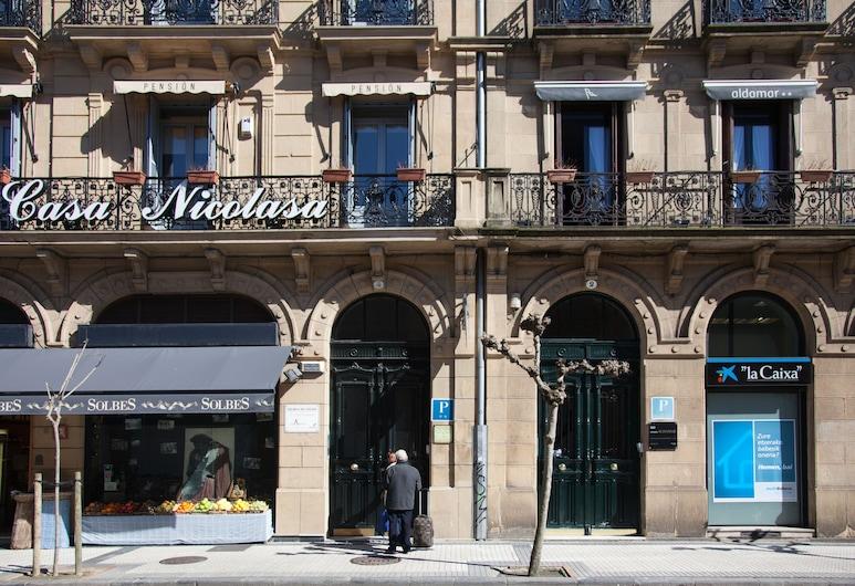 Pensión Casa Nicolasa, San Sebastian, Vchod do hotela