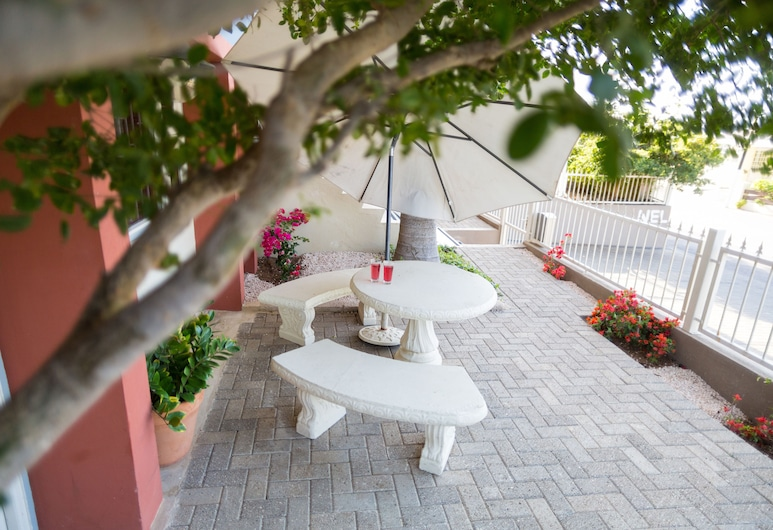 O Casarao Guesthouse, Willemstad, Studio with Kitchen, Courtyard