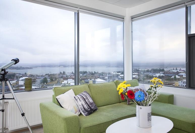 Blue Mountain Apartments, Kopavogur, Deluxe Studio, Mountain View, Living Area