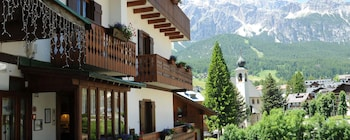 View this ski hotel in Cortina d'Ampezzo