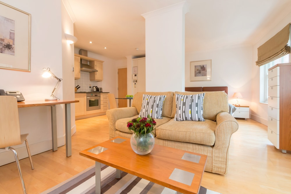 Notting Hill Apartments by BridgeStreet, London: Info, Photos ...
