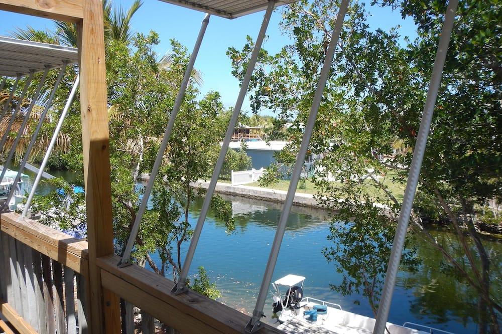 Standardlejlighed - 2 soveværelser - køkken - udsigt til kanal - Altan