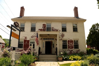 Picture of Butler House in Stowe