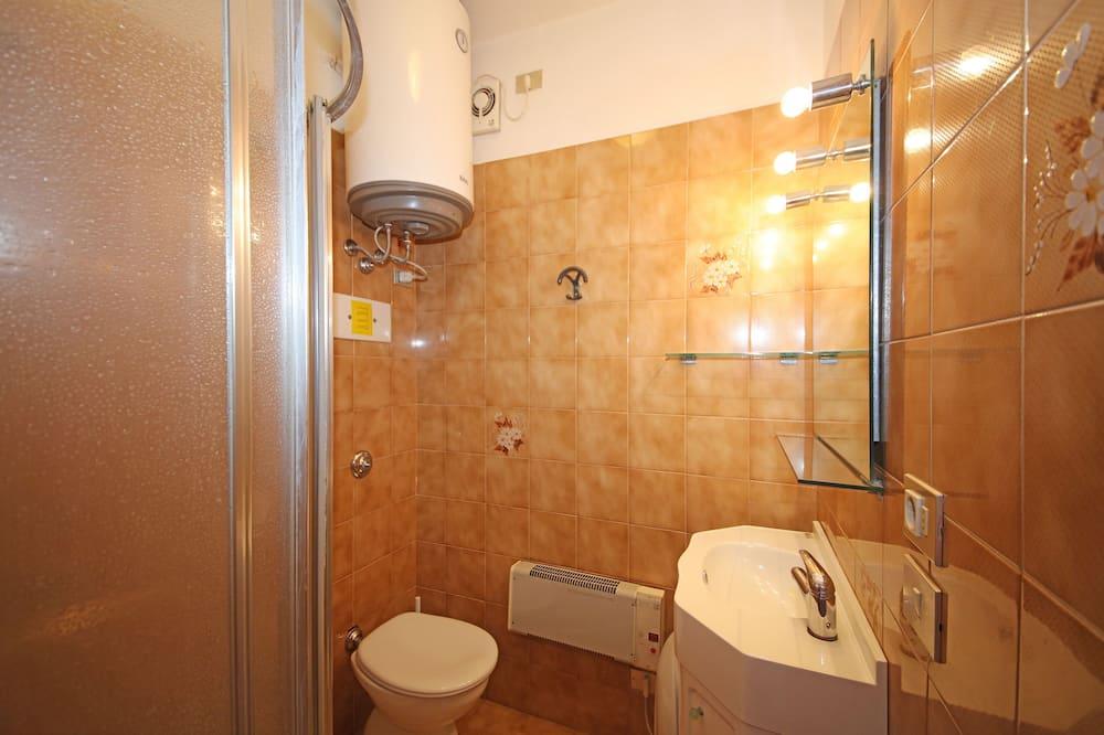 Classic apartman, 2 spavaće sobe - Kupaonica
