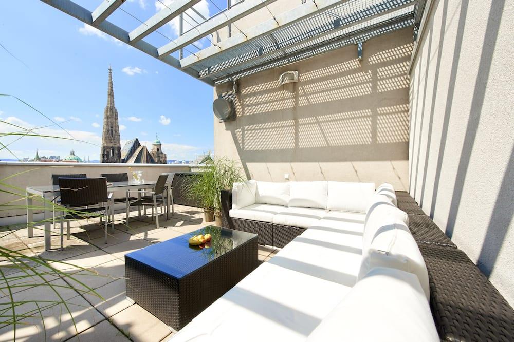 Exclusive Penthouse, 2 Bedrooms, City View - Terrace/Patio