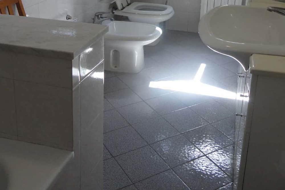 Štúdio - Kúpeľňa