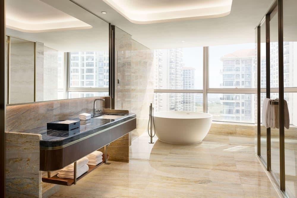Deluxe Süit, 1 Yatak Odası - Banyo