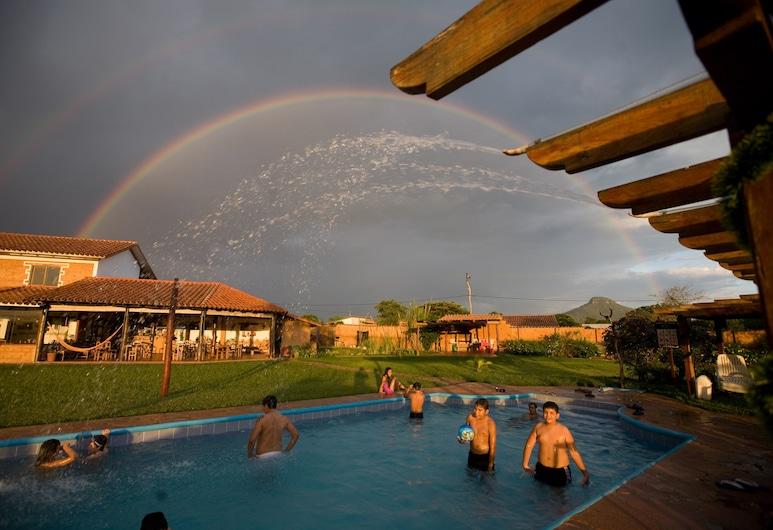 La Villa Chiquitana, San José de Chiquitos, Ulkouima-allas