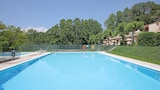 Choose This Cheap Hotel in Bardolino