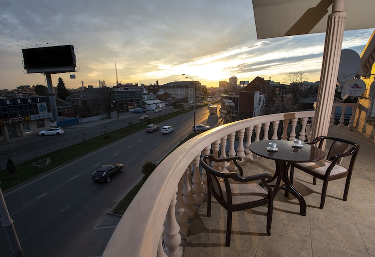 Bridge Congress & Conference Hotel, Krasnodar, Terasa