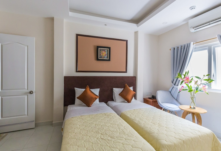 OYO 1144 Giang Son 3 Hotel, Ho Chi Minh City, Deluxe Twin Room, Guest Room