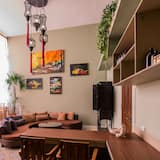 Family Double or Twin Room, 2 Bedrooms - Living Area