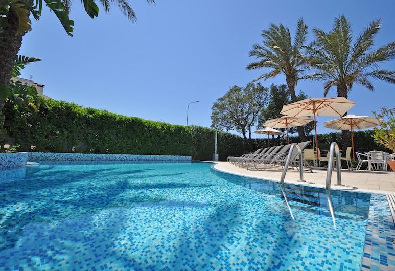 Ara Inn Resort, Ugento, Kolam Renang Luar Ruangan