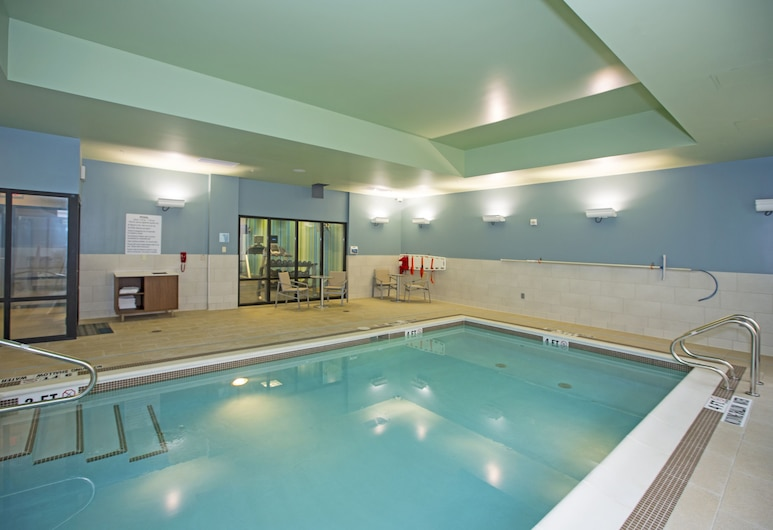 Holiday Inn Express & Suites Pittsburgh North Shore, Pittsburgh, Indoor Pool