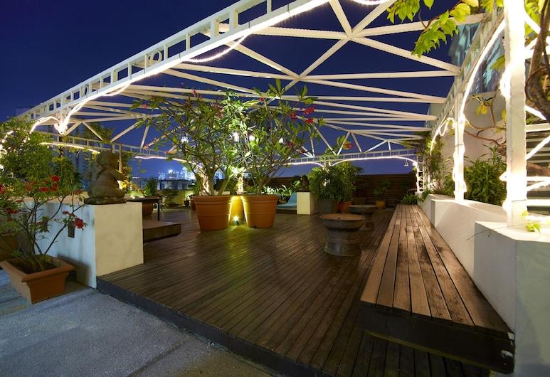 愛美麗山出去玩酒店, 新加坡, 陽台