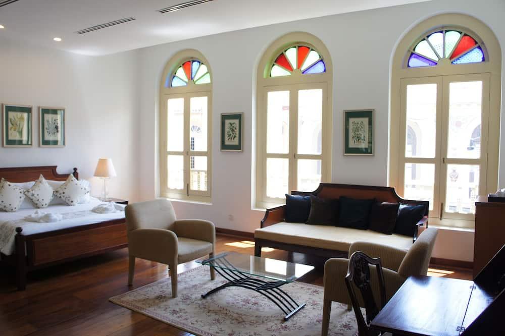 Parameswara Suite - Guest Room