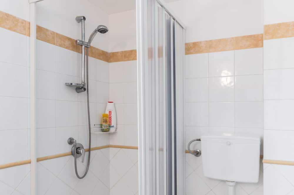 標準三人房, 山景 - 浴室