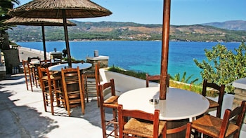Picture of Samos Bay Hotel in Samos
