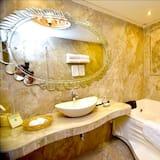 Haveli Suite - Bathroom