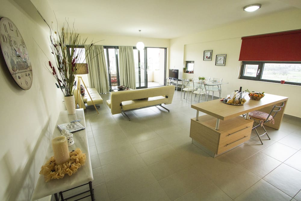 Apartemen, 1 kamar tidur (Bellarea Bella Vista) - Area Keluarga