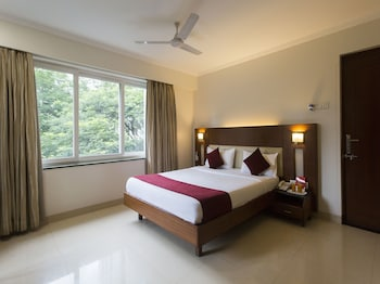Picture of OYO 428 Hotel Sudarshan in Pune