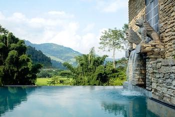 波哈拉喜馬拉雅山樓閣的圖片