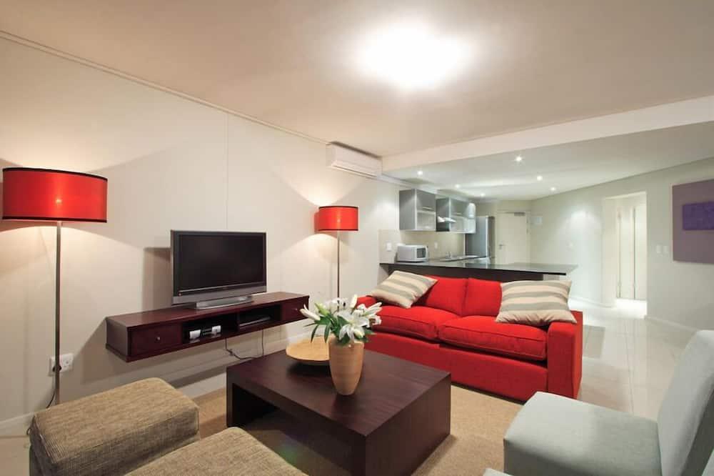 Suite, 2 Bedrooms (Mountain) - Living Room