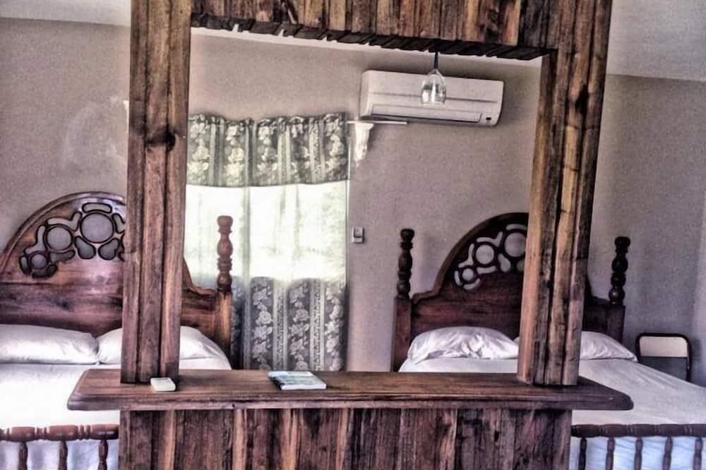 Улучшенное бунгало, 1 спальня, для некурящих, внутренний двор - Номер