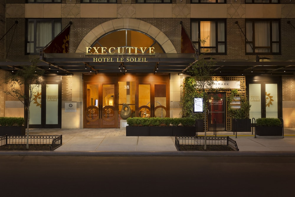 Book executive hotel le soleil new york in new york for Hotel new york