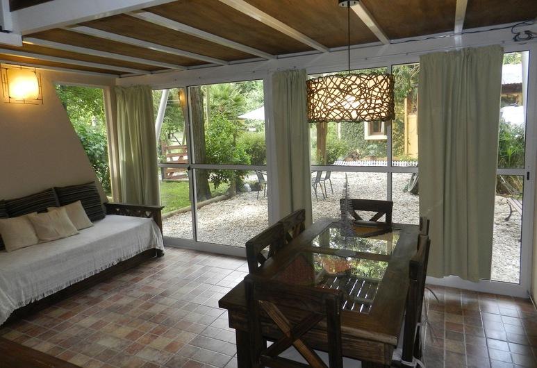 Cabañas Sol de Abril, Mar del Plata, Loft Deluxe, 2 sypialnie, widok na ogród, Salon