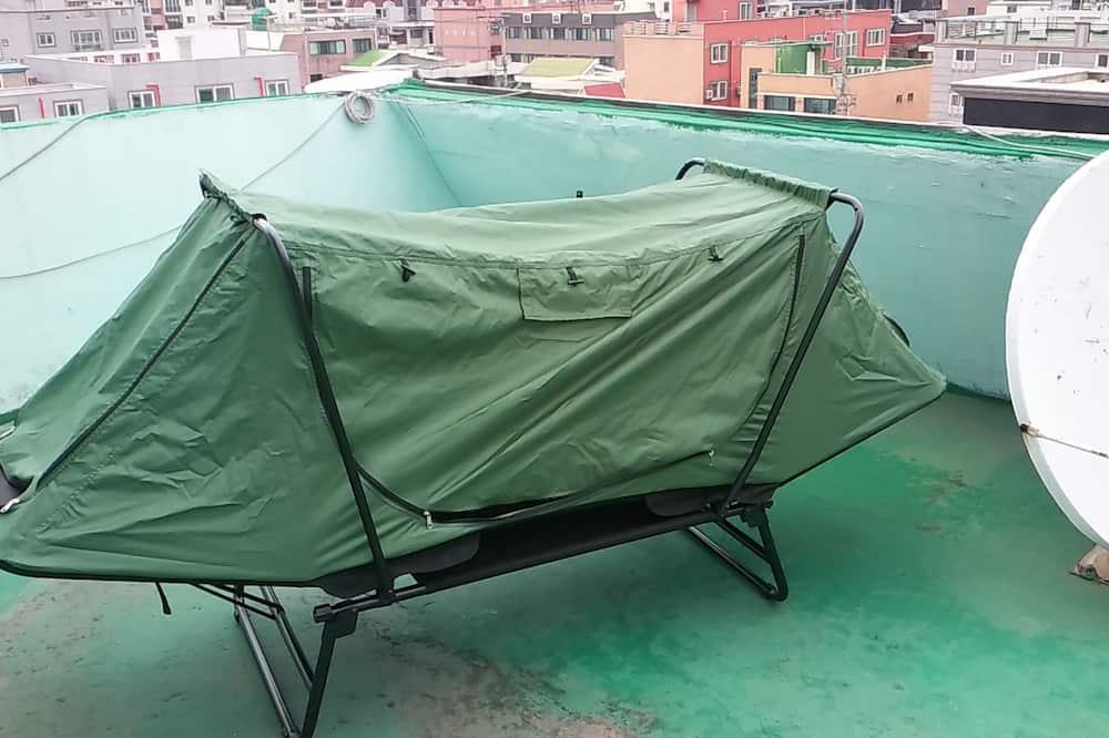 Telttamajoitus (in Rooftop) - Parveke