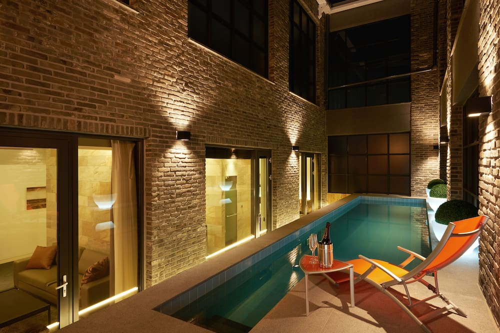 Presidential Penthouse (Pool open 7/24-8/8 but not available for booking after 12pm on the same day) - Súkromný bazén