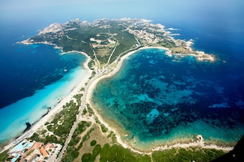 Enter your dates to get the Santa Teresa di Gallura hotel deal