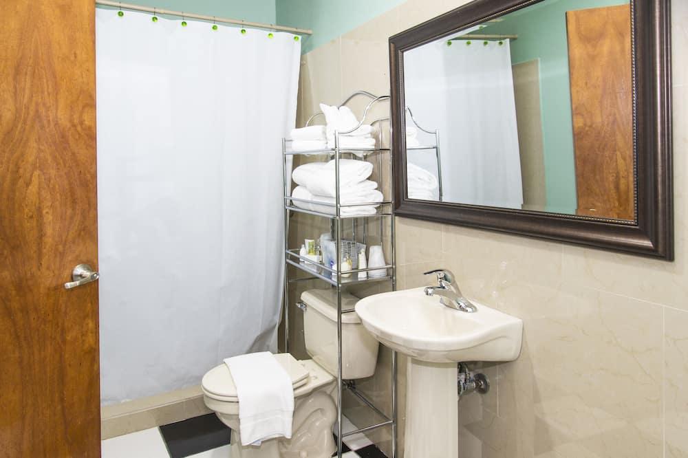 Junior Suite  - No View - Bathroom