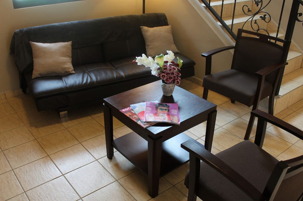 家庭別墅, 2 間臥室, 廚房, 附屬樓 - 客廳